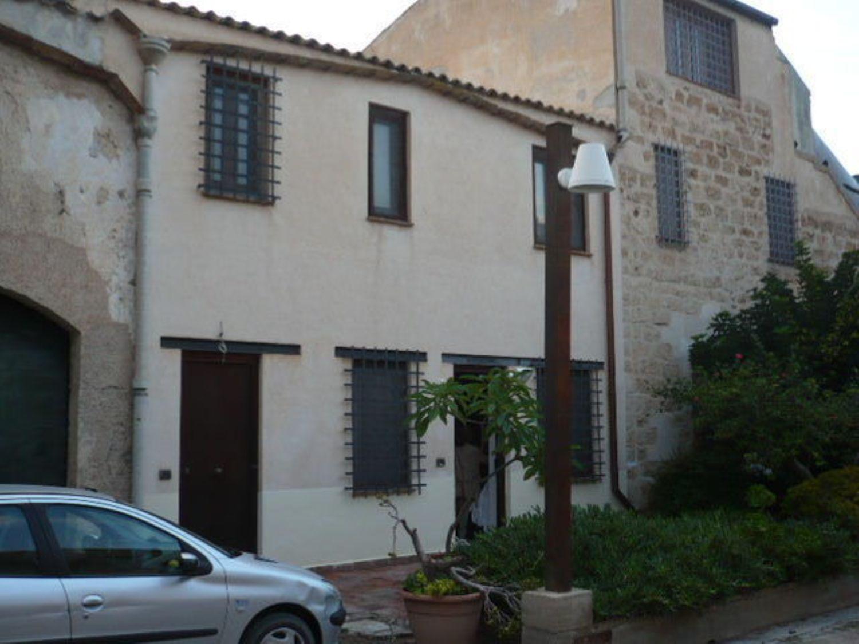 Appartamento in vendita a Palermo, 3 locali, prezzo € 100.000 | Cambio Casa.it