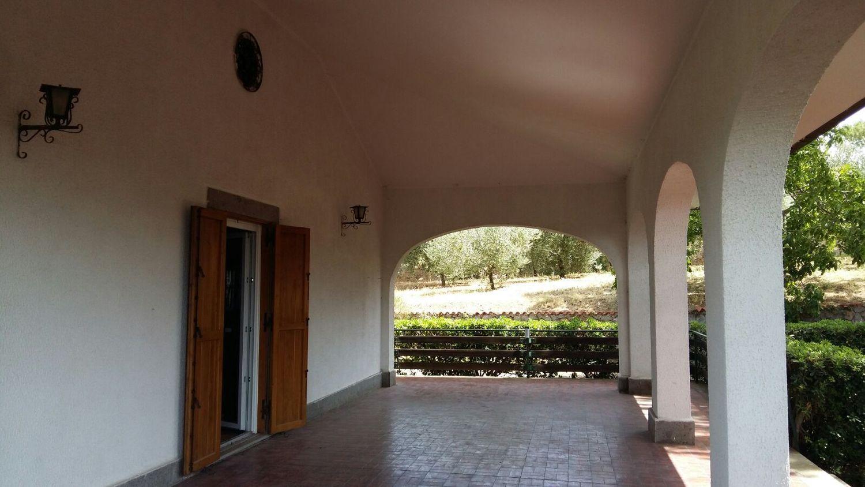 Villa Bifamiliare in affitto a Marino, 3 locali, prezzo € 900 | CambioCasa.it