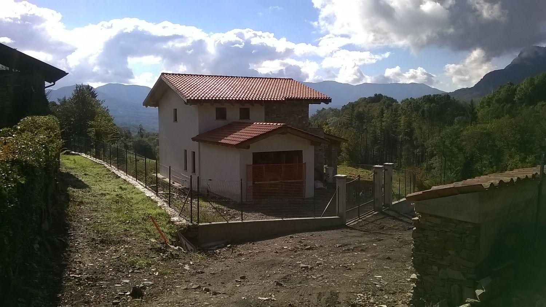 Soluzione Indipendente in Vendita a Montegrino Valtravaglia