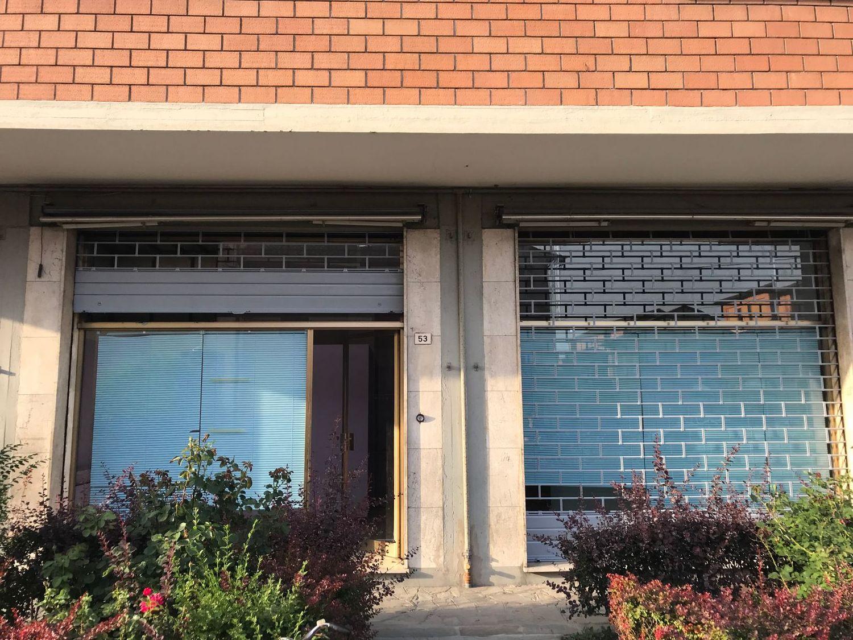 Immobile Commerciale in affitto a San Giovanni in Persiceto, 9999 locali, prezzo € 500   CambioCasa.it