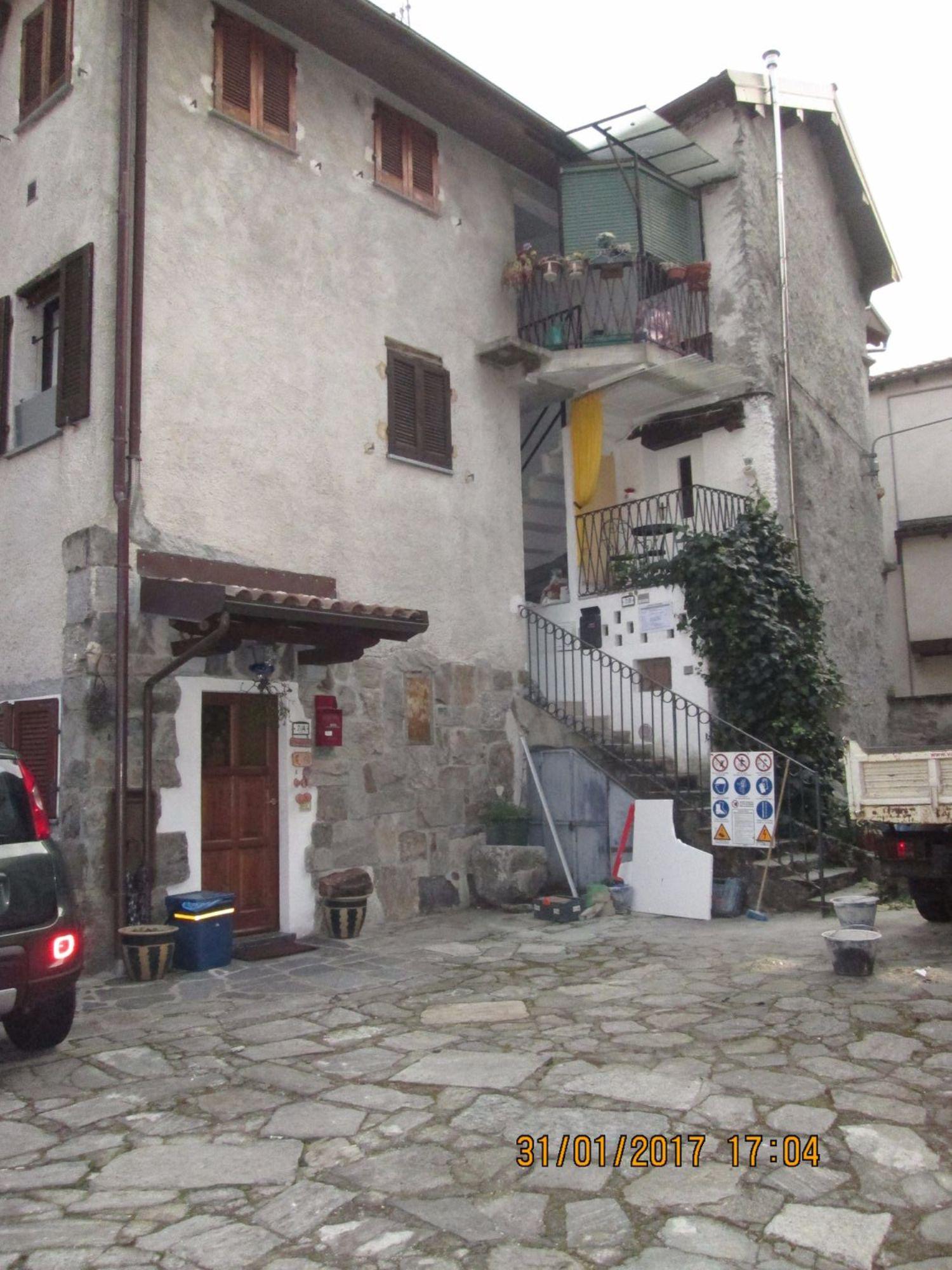 Appartamento in vendita a Oggebbio, 3 locali, prezzo € 165.000 | CambioCasa.it