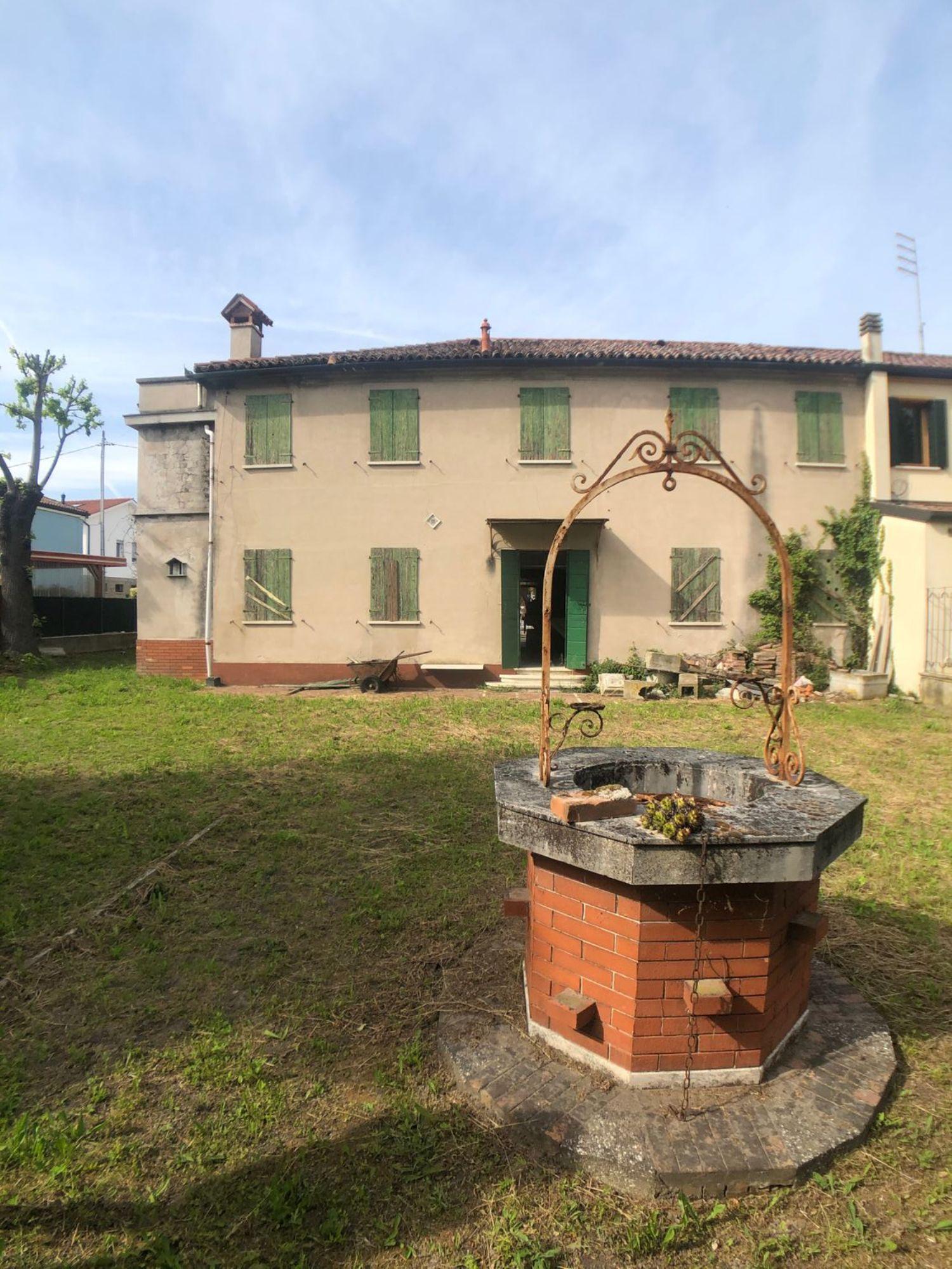 Villa Bifamiliare in Vendita a Dolo