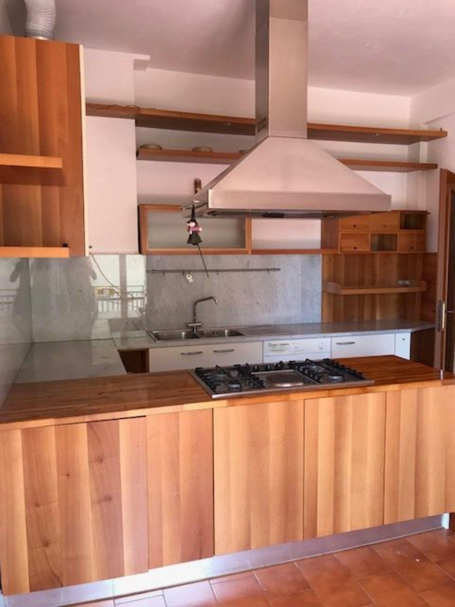 Villa Bifamiliare in affitto a Casarza Ligure, 4 locali, prezzo € 550 | CambioCasa.it