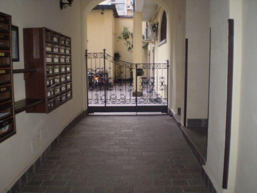 bilocale in vendita in via gaudenzio ferrari, 10, navigli-porta