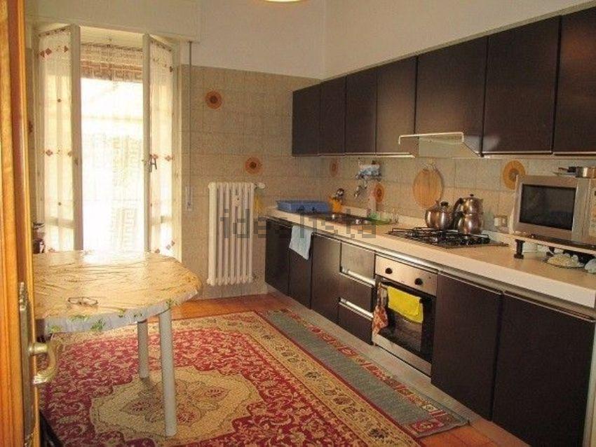 Charming Immagine Di Appartamento Su Via Lorenzo Acquarone, Porto Maurizio, Imperia