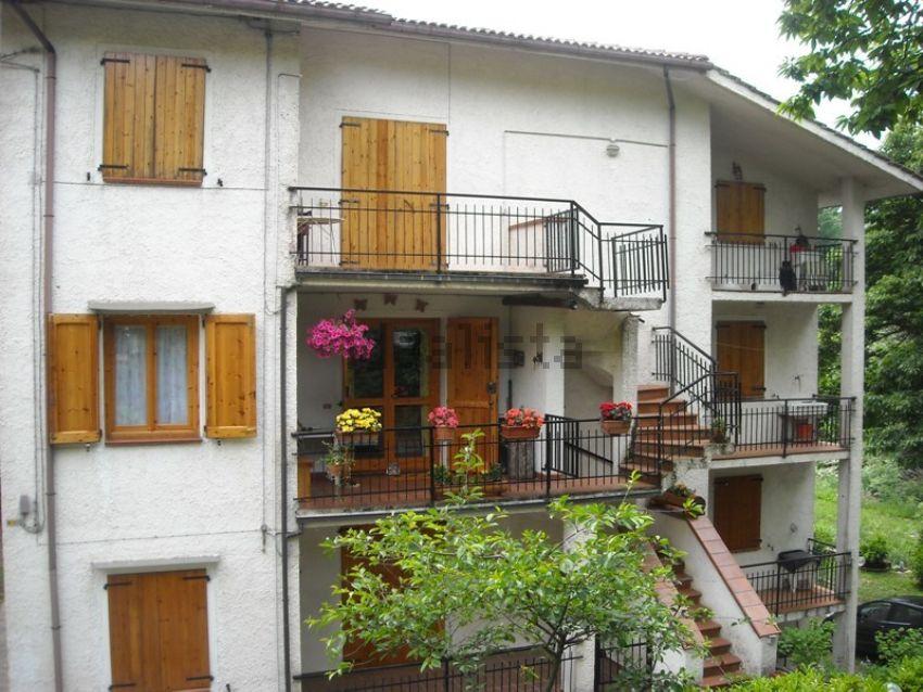 Le 25 case di montagna pi economiche in vendita in italia for Grandi case economiche