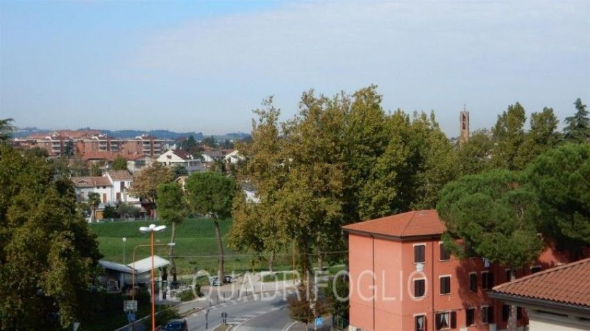Quadrilocale in vendita in Area Residenziale Ponte Vecchio, Centro ...