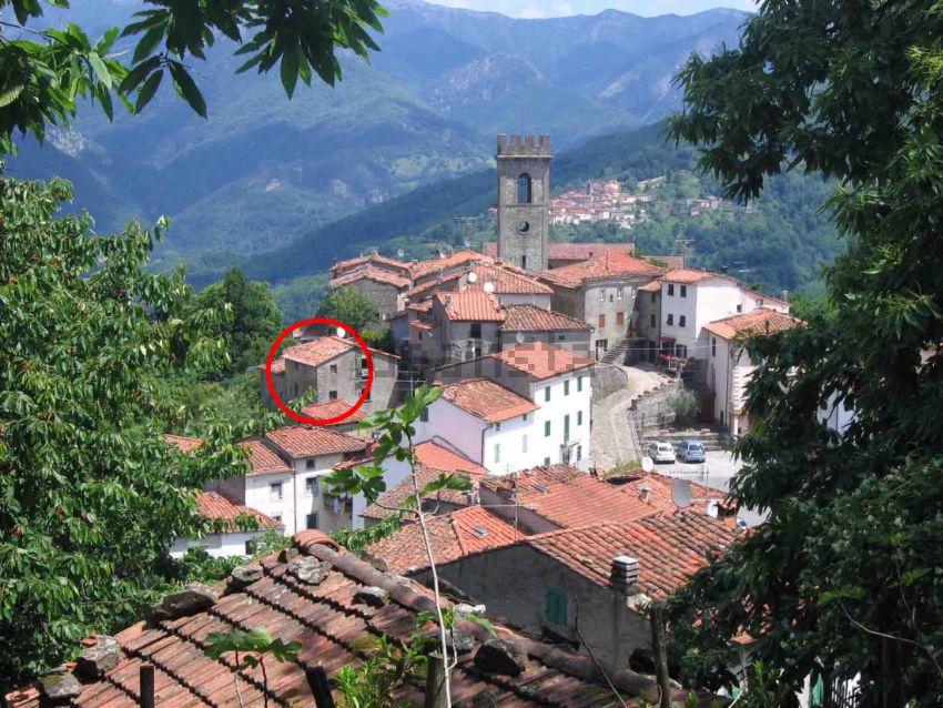 Casa indipendente in vendita in località Brandeglio s.n.c, Bagni ...