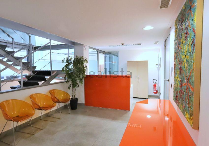 Ufficio Barriere Architettoniche Milano : Ufficio in vendita in via felice casati centrale milano