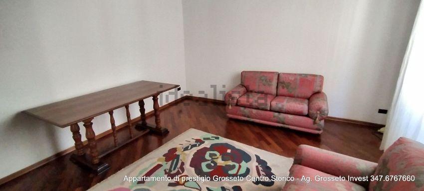 Immagine Sala di appartamento su  manin, 20, Centro, Grosseto