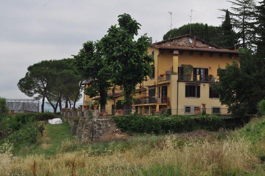 villa in vendita in via di vacciano snc bagno a ripoli