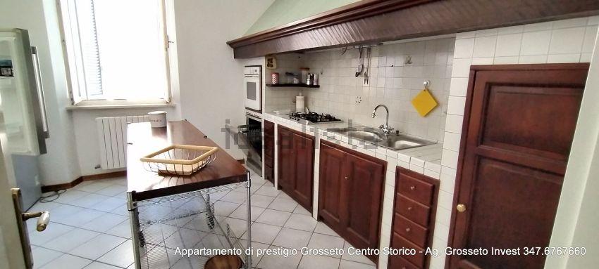 Immagine Cucina di appartamento su  manin, 20, Centro, Grosseto