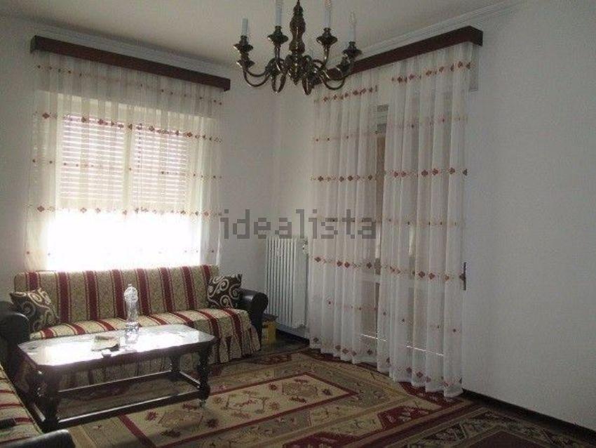 Immagine Di Appartamento Su Via Lorenzo Acquarone, Porto Maurizio, Imperia