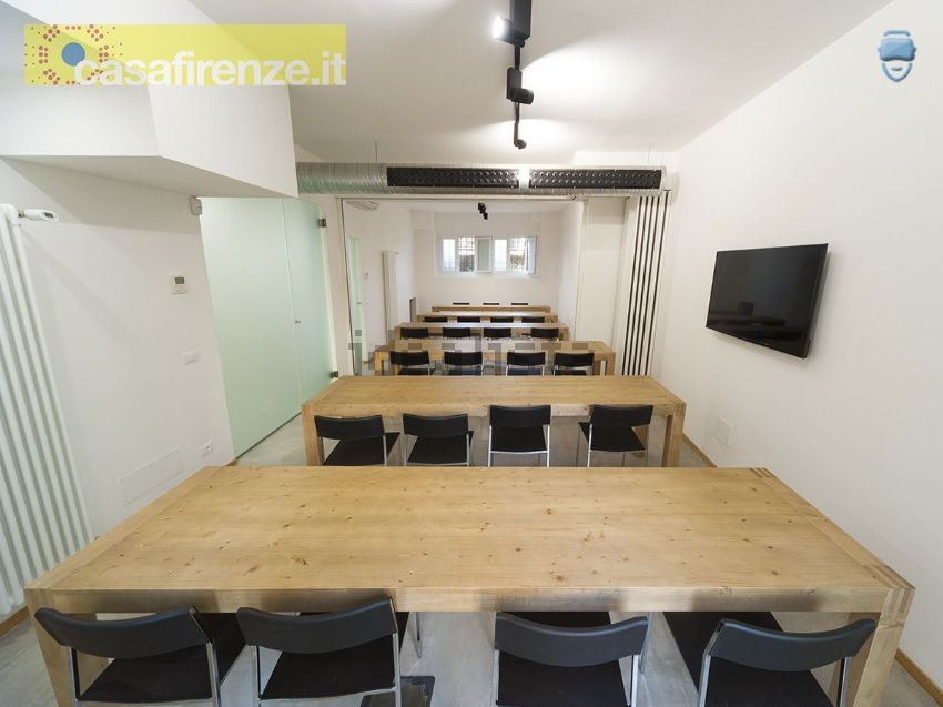 Ufficio A Firenze : Affitto di ufficio in via del mezzetta 2 coverciano firenze