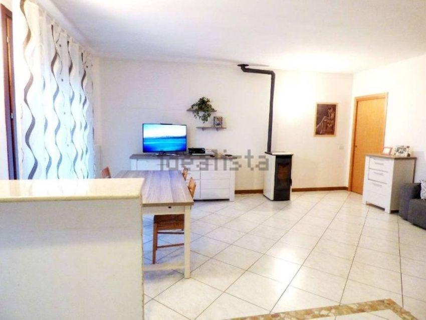 Appartamento su due piani in vendita a area residenziale mestrino