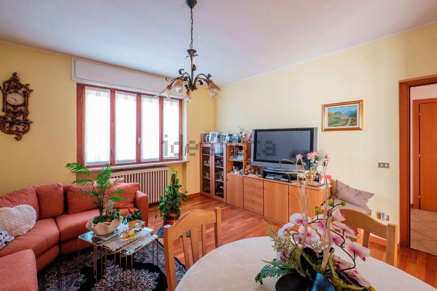 Villetta bifamiliare in vendita in via adamello, 3, Sondrio