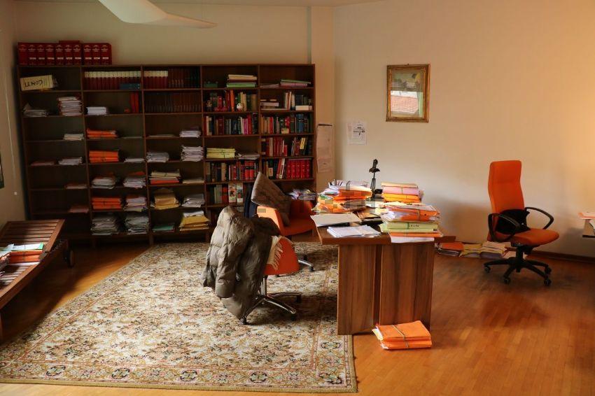 Stanza Ufficio Firenze : Affitto di ufficio in via del ponte all asse san jacopino puccini