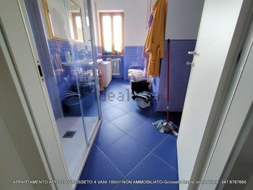 Bagno del quadrilocale vendita  Grosseto, via Depretis. case-grosseto-vendita
