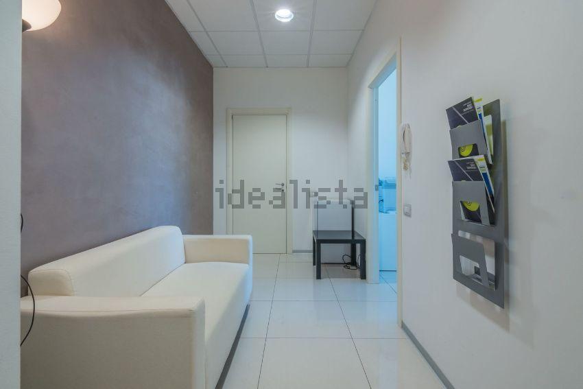 Ufficio Lavoro Jesi : Affitto di ufficio in via pasquinelli 2 a jesi