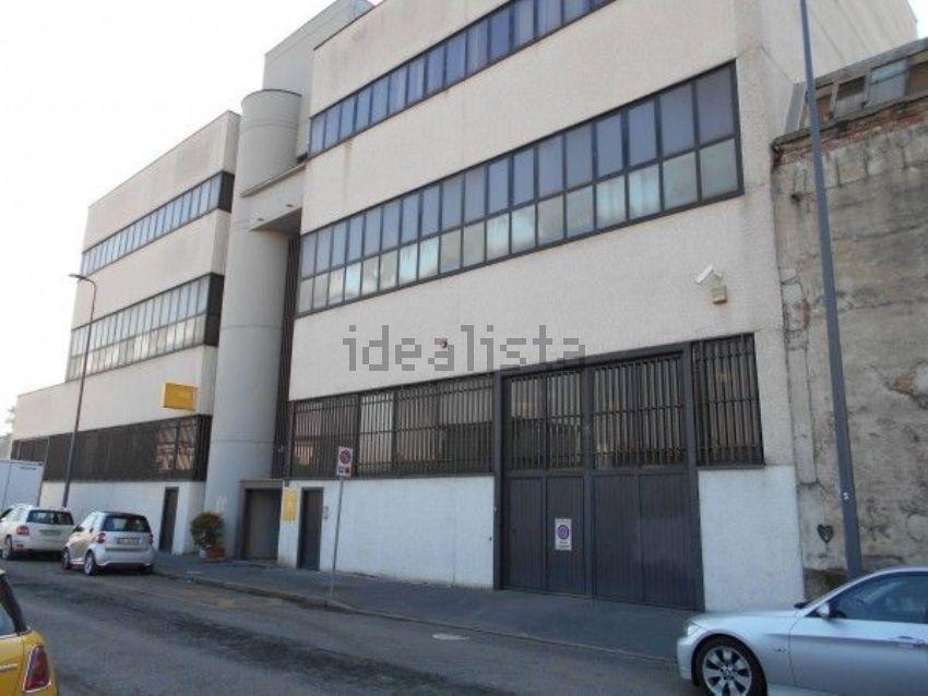 Ufficio Barriere Architettoniche Milano : Affitto di ufficio in via guido capelli precotto milano