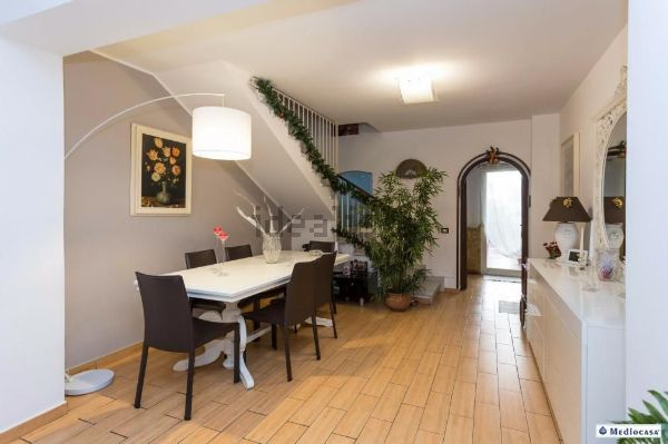 Casa indipendente in vendita in largo Bordighera, Catania, CT, 2, Picanello, Catania — idealista