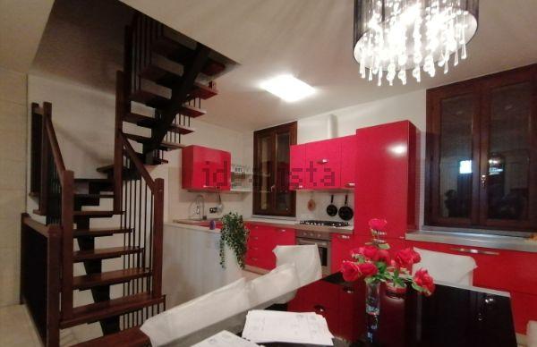 Casa indipendente in vendita a Bagnolo in Piano, Terra di ...