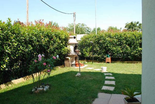 Piccoli giardini di villette il festival dei giardini pi for Giardini villette