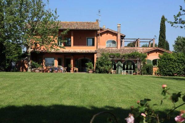 Villa in vendita in strada B, Olgiata, Roma — idealista
