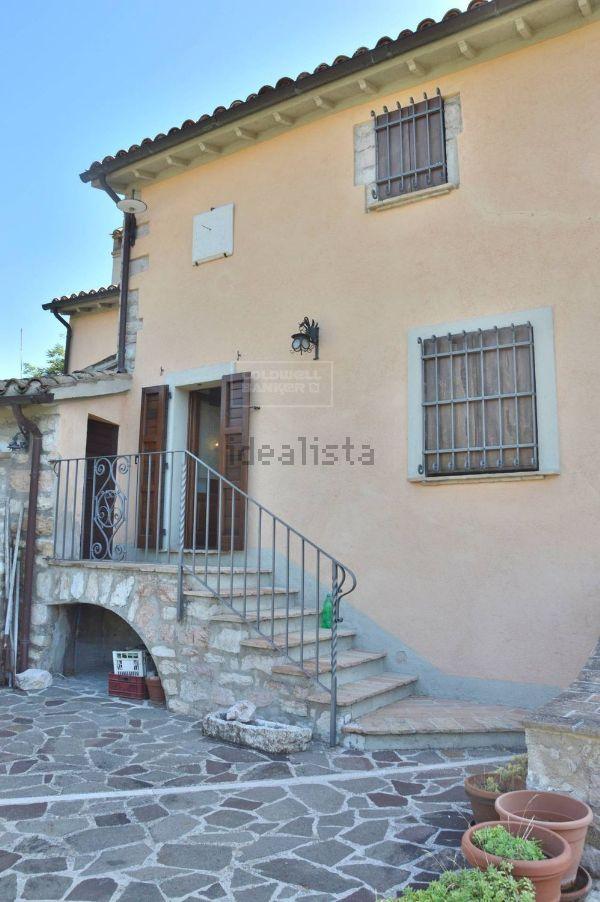 Casa indipendente in vendita in via Padre Pietro Pirri ...