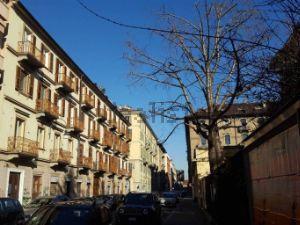 Appartamento in via Ettore Perrone, 8