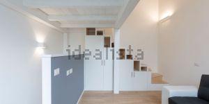 Appartamento su due piani in via Emilio de Martino, 1