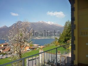 Villa in vendita sul lago di Como