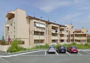 Appartamento su due piani in Area Residenziale verde maremma quartiere Barbanella-Villaggio Azzurro