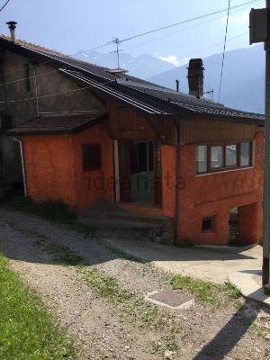 Casa indipendente a Area Residenziale malonno Malonno