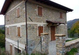 Casa rurale in vendita a Vetto