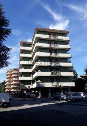 Appartamento in via GIULIO CESARE, 4