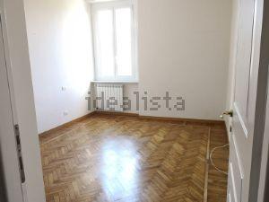 Appartamento in Area Residenziale centro città quartiere Carignano