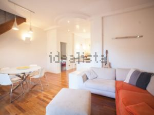 Appartamento su due piani in via Polese s.c.n