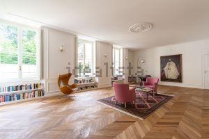 Appartamento su due piani in via Rugabella s.c.n