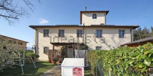 Casale/cascina in località Località Montalpero s.c.n