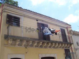 Casa indipendente in via DOTT.SOLARINO, 25