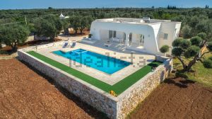 Villa in sp 33 s.c.n