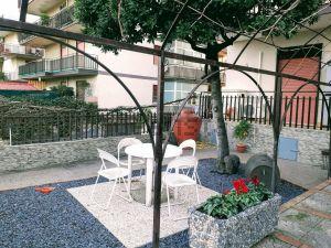 Appartamento in via Pirato 1a, 18