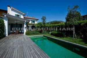 Villa in via Galli, 21