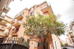 Appartamento in via di Vigna Fabbri, Roma, RM, 20