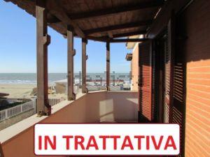 Appartamento in via dei Cavalli Marini, 158