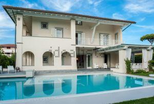 Villa in viale duca d'aosta