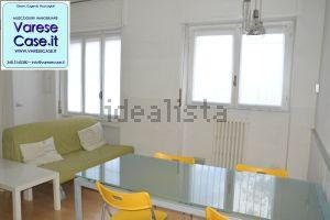 Appartamento su due piani in via Cernuschi, 45
