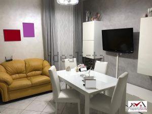Appartamento in piazza italia