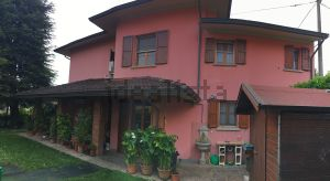 Casa indipendente in via Guerrino Neviani, 2